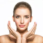Poren-Minimezer Behandlung bei Rosi Troll